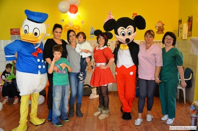 Mascote-de-la-Disneyland16